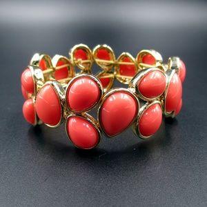 Vintage Gold Tone Napier Pink Teardrop Bracelet